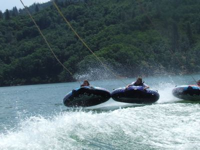 Water towable tubes – rings